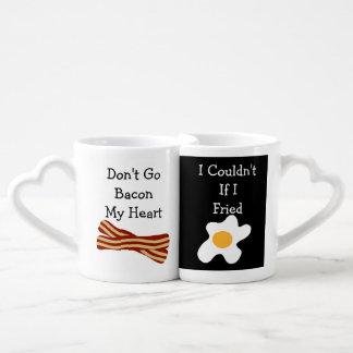 No va el tocino mi corazón divertido tazas para parejas