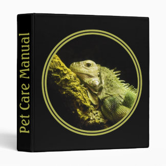 Noble Iguana Binder