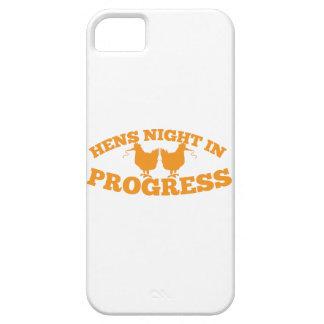 Noche de las gallinas en curso iPhone 5 carcasas