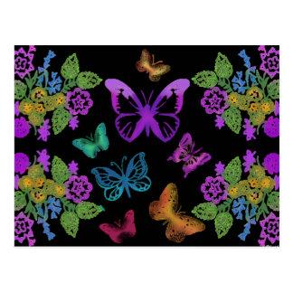 Noche de las mariposas postales