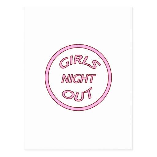 Noche de los chicas hacia fuera postales
