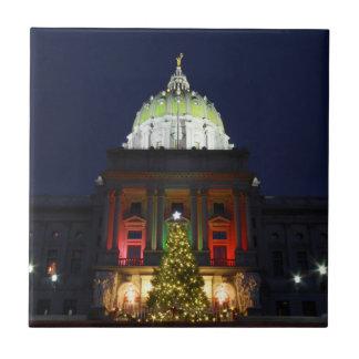 Noche de navidad en el capitolio del estado de azulejo cuadrado pequeño
