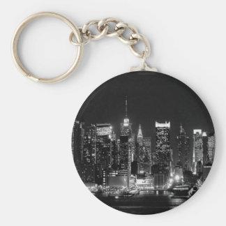 Noche de New York City Llavero Redondo Tipo Pin