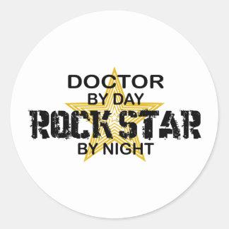 Noche del doctor estrella del rock pegatina redonda