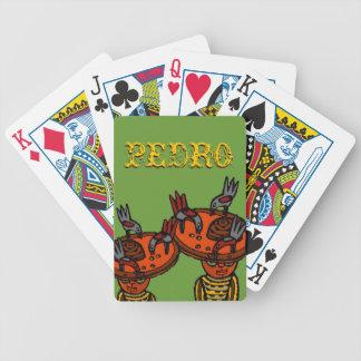 Noche del juego de la familia de los naipes de la  barajas de cartas