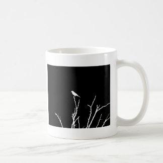 Noche del pájaro cantante taza de café