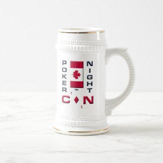 Noche del póker en la taza de Stein de la cerveza