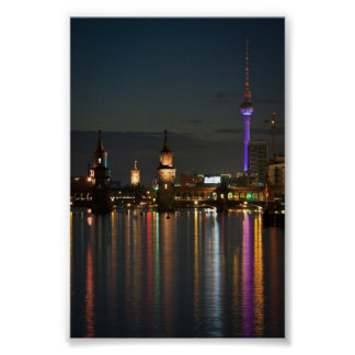 Noche del puente de Berlín Alexanderplatz Oberbaum Póster