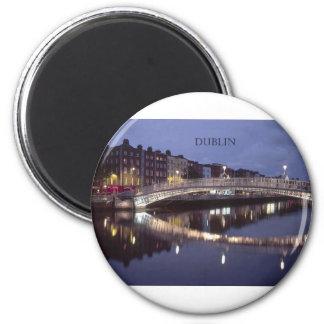 Noche del puente de Irlanda Dublín (St.K) Imán Redondo 5 Cm
