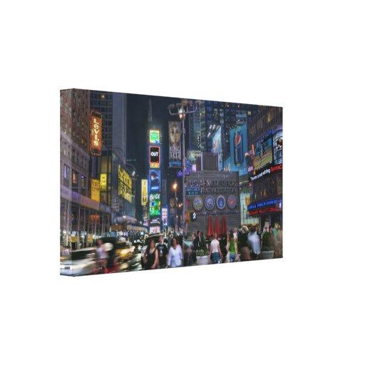 Noche del Times Square Lienzo Envuelto Para Galerias