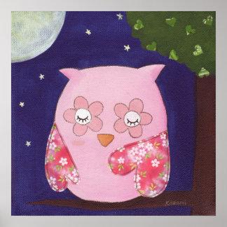 Noche del verano de un búho rosado en el poster de
