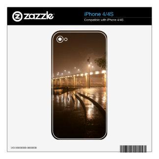 Noche ligera de la lluvia skins para eliPhone 4