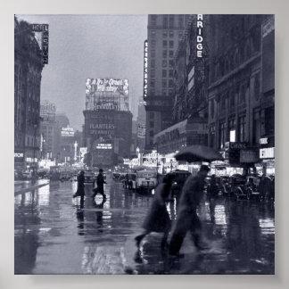 Noche lluviosa de Nueva York (vintage) Póster