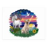 Noche mágica - Labrador amarillo Tarjeta Postal