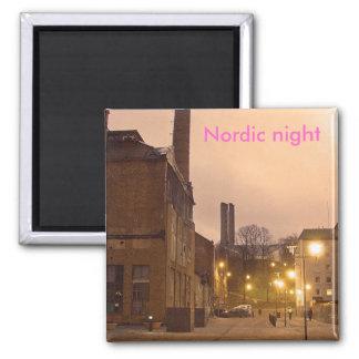 Noche nórdica imán cuadrado