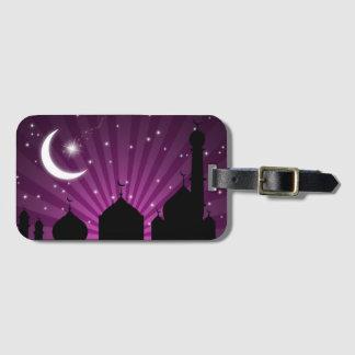 Noche púrpura de la silueta de la mezquita - etiquetas para maletas