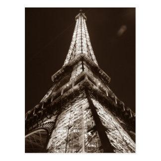 Noche romántica de la torre Eiffel de la sepia de Tarjeta Postal