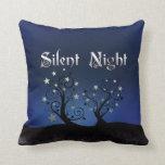 Noche silenciosa de los árboles estrellados almohada