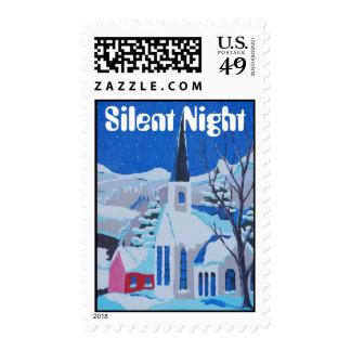 Noche silenciosa, pueblo nevoso del vintage envio