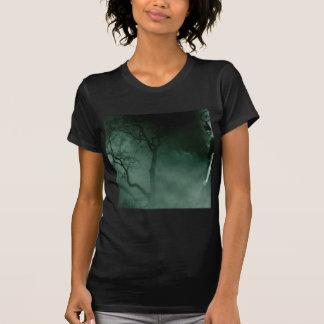 Noche sola permanente de la fantasía abstracta camisetas