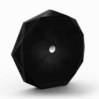 Noche temática, novedad blanco y negro de la Luna