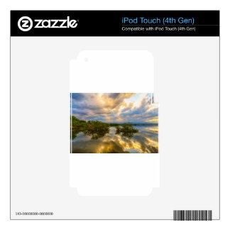 Noche tempestuosa a continuación iPod touch 4G skin