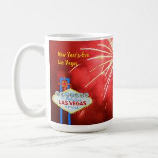 Noche Vieja en Las Vegas Taza Básica Blanca