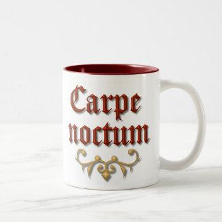 Noctum de Carpe. haga uso de la noche Taza De Dos Tonos