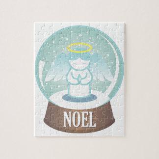 Noel Snowglobe Jigsaw Puzzle