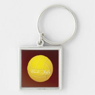 Nombre amarillo del monograma del voleibol llavero cuadrado plateado