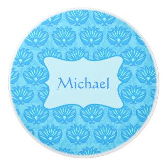 Nombre azul del bebé del damasco personalizado pomo de cerámica