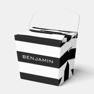 Nombre blanco y negro del personalizado del modelo caja para regalo de boda