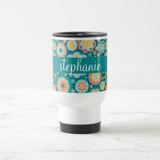 Nombre colorido del personalizado del estampado de taza de viaje