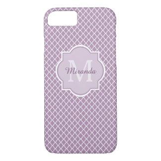 Nombre con monograma púrpura de Quatrefoil de la Funda iPhone 7
