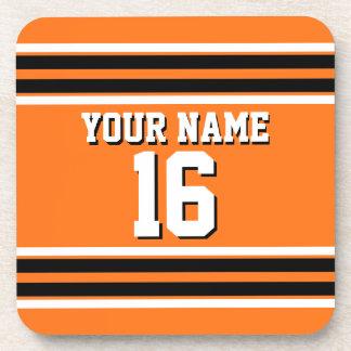 Nombre de encargo anaranjado del número del jersey posavasos de bebida