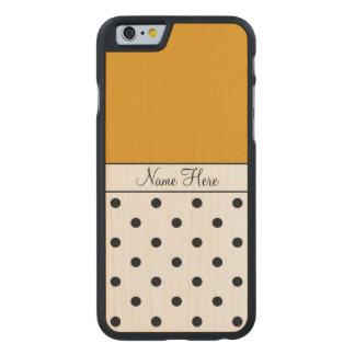 Nombre de encargo anaranjado, lunares negros funda de iPhone 6 carved® slim de arce