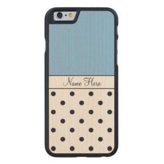 Nombre de encargo azul, lunares negros funda de iPhone 6 carved® slim de arce