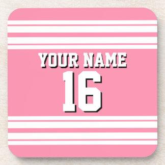 Nombre de encargo blanco rosado del número del posavasos