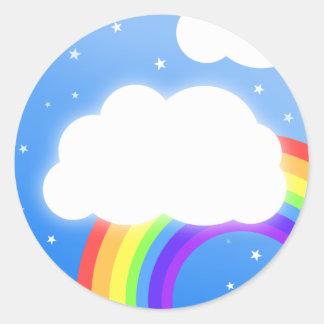 Nombre de encargo de la nube del arco iris - pegatina redonda