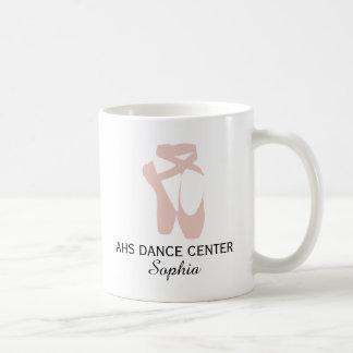 Nombre de encargo del centro de la danza de la taza clásica