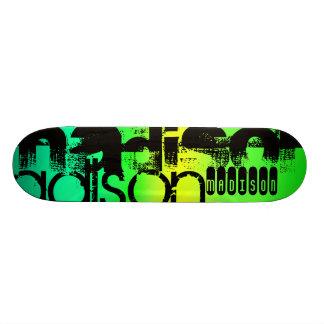 Nombre de encargo en la aguamarina de neón verde y patinetas personalizadas