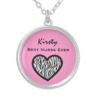 Nombre de encargo V39 del mejor de la enfermera Collar Plateado