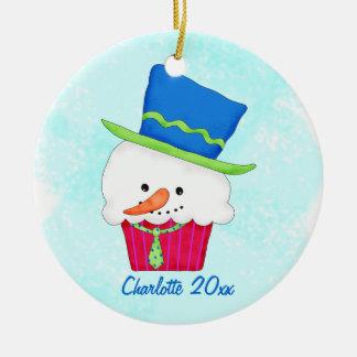Nombre de la magdalena del muñeco de nieve del adorno navideño redondo de cerámica
