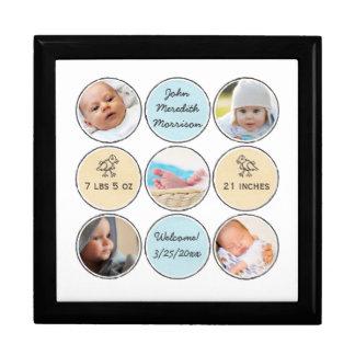 Nombre del bebé del collage de la foto, stats del joyero cuadrado grande