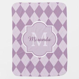 Nombre femenino púrpura suave de muy buen gusto mantas de bebé