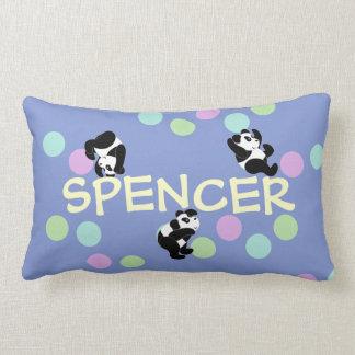 Nombre juguetón de las pandas cojines