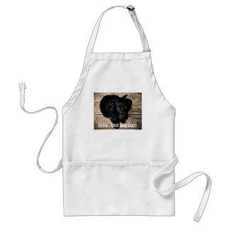 Nombre negro personalizado de la foto del perro delantal