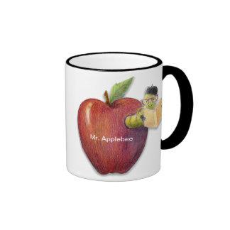 Nombre o mensaje adaptable del ratón de biblioteca tazas de café