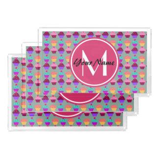 Nombre personalizado magdalena rosada, monograma bandeja rectangular