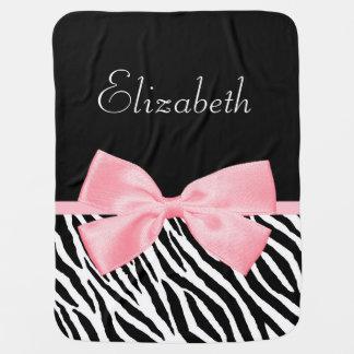 Nombre rosa claro femenino del bebé de la cinta mantitas para bebé